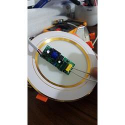 Đèn led Đèn âm trần đèn downlight siêu sáng chíp led mới tiết kiệm điện tích hợp 3 chế độ màu ánh sáng