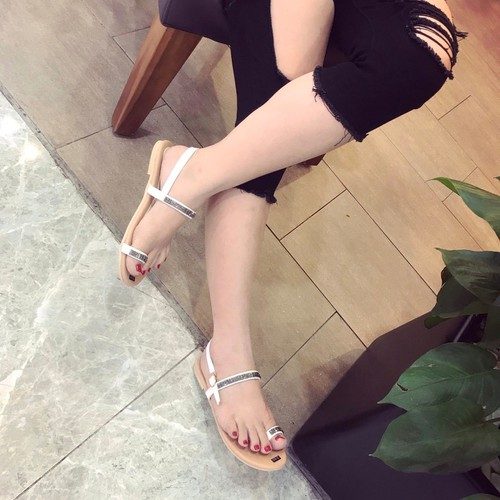 Giày sandal nữ đế bệt xỏ ngón - 6782958 , 16794505 , 15_16794505 , 250000 , Giay-sandal-nu-de-bet-xo-ngon-15_16794505 , sendo.vn , Giày sandal nữ đế bệt xỏ ngón
