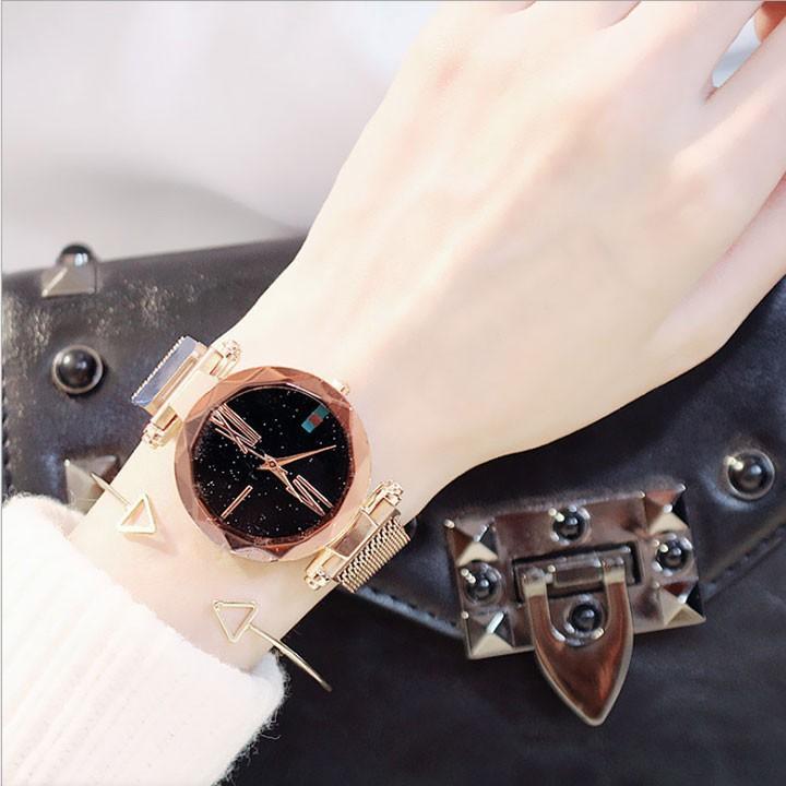 Đồng hồ nữ mặt kính 3D  tặng vòng  tay cao cấp 5