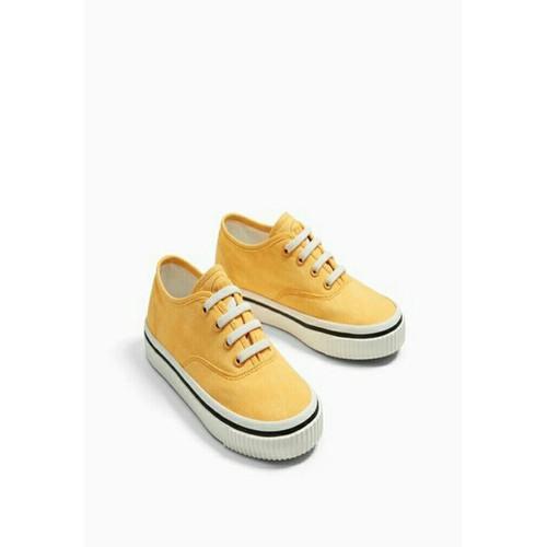 Giày Sneaker Vải Vàng Bé Trai