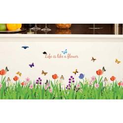 Decal dán tường hoa cỏ và bướm