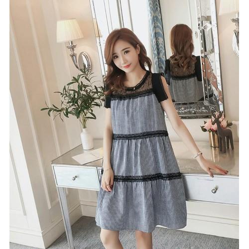 Đầm Bầu:Váy Xòe Kẻ Caro Xếp Tầng Phối Ren Tiểu Thư
