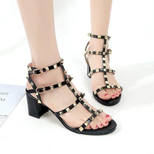 Sandal cao gót 7 phân nạm đinh tán