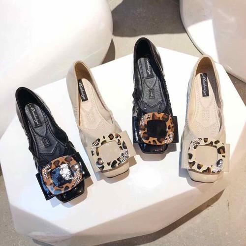 Giày bệt nữ mũi vuông