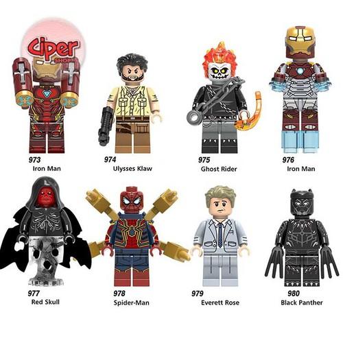 Bộ 8 nhân vật lắp ráp Avengers - X0221