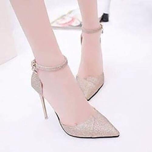 Giày gót nhọn kim tuyến