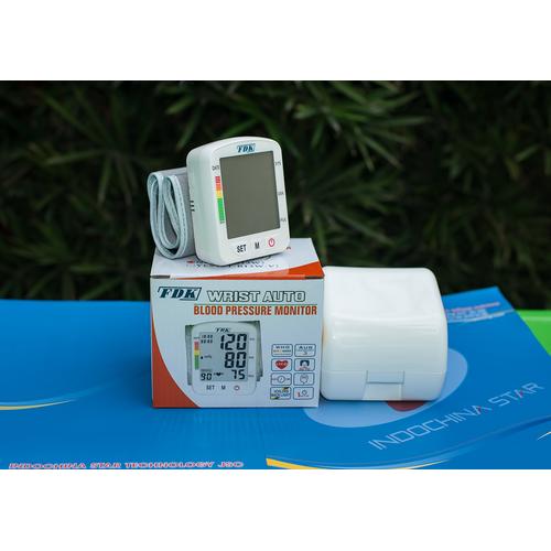 Máy đo huyết áp vị trí cổ tay FT-B13W