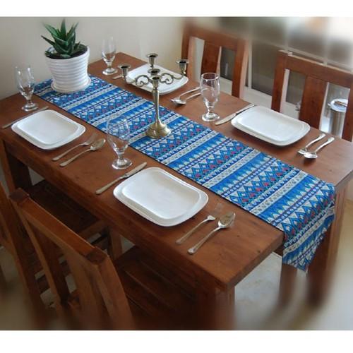 Khăn trải bàn dài tam giác thổ cẩm xanh