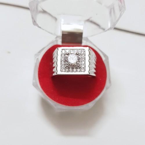 Nhẫn Nam Nữ Đính Đá