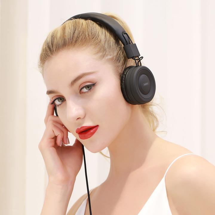 Tai nghe Remax RM-805 | RM 805 chụp tai có dây 1 jack 3.5mm 1