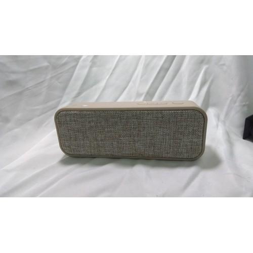Loa Bluetooth không dây chính hãng Rix 2018 cực hay + Tặng phụ kiện Sạc - 6932479 , 16904410 , 15_16904410 , 419000 , Loa-Bluetooth-khong-day-chinh-hang-Rix-2018-cuc-hay-Tang-phu-kien-Sac-15_16904410 , sendo.vn , Loa Bluetooth không dây chính hãng Rix 2018 cực hay + Tặng phụ kiện Sạc