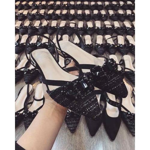 Sandal nơ đá