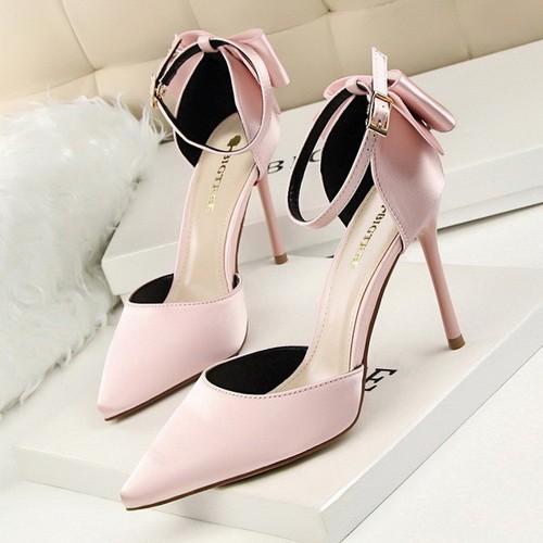 Giày cao gót đính nơ hậu