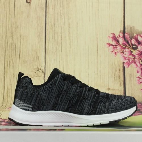 Giày thể thao thời trang nữ đen trắng K110Đ