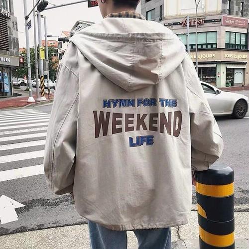 Áo khoác dù có nón chữ WEEKEND