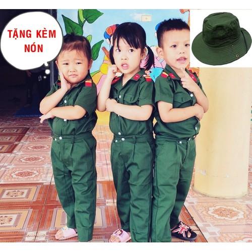 Bộ quần áo bộ đội cho bé kèm nón tai bèo