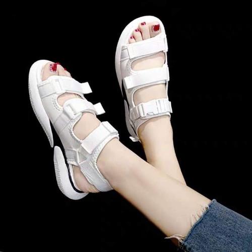 Giày sandal trắng siêu nhẹ 2019