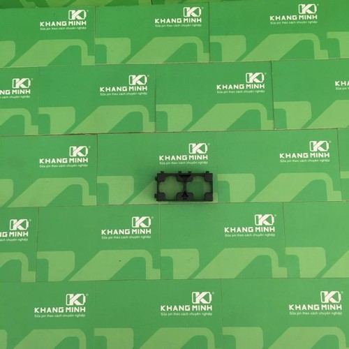 KM Đế ghép pin 18650, loại 2 pin, có thể ghép nối lại với nhau.