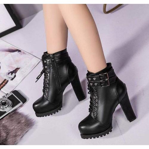 Giày bốt nữ cao gót cá tính - 7133196 , 17025654 , 15_17025654 , 650000 , Giay-bot-nu-cao-got-ca-tinh-15_17025654 , sendo.vn , Giày bốt nữ cao gót cá tính