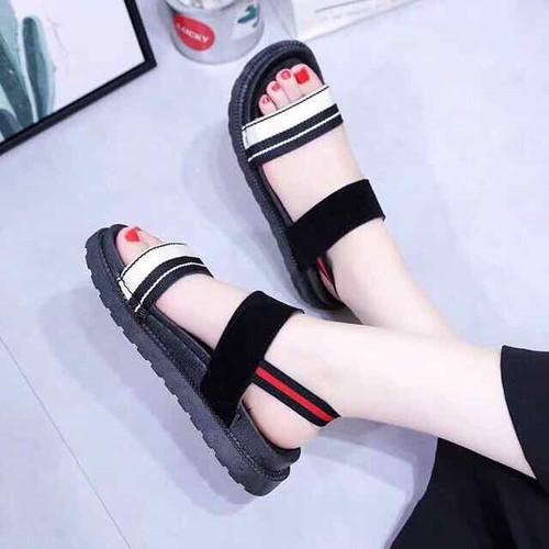 Sandal quai kẻ