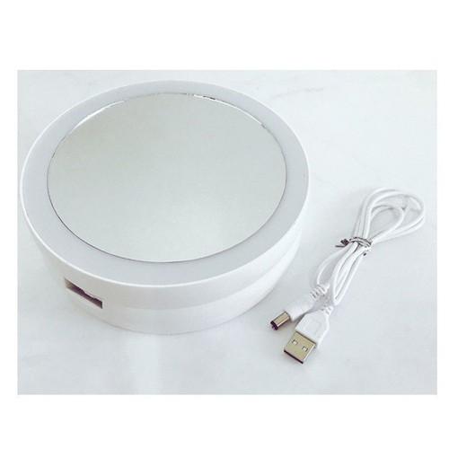 Gương để bàn trang điểm có đèn nhỏ gọn