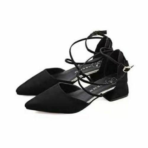 Giày đan phong cách Hàn mũi nhọn sang chảnh