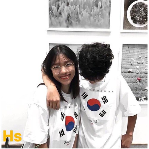 Áo phông nam và nữ phong cách Hàn Quốc