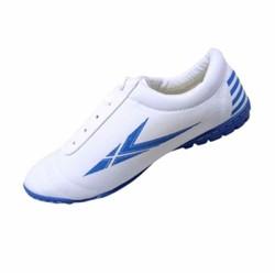 Giày vải đá bóng