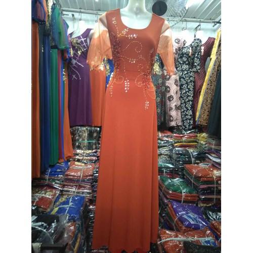 Đầm dạ hội trung niên