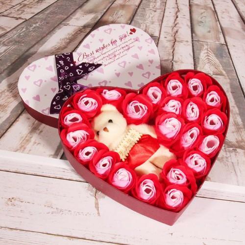 Hộp quà hình trái tim hoa hồng và gấu bông - 6314229 , 16427110 , 15_16427110 , 90000 , Hop-qua-hinh-trai-tim-hoa-hong-va-gau-bong-15_16427110 , sendo.vn , Hộp quà hình trái tim hoa hồng và gấu bông