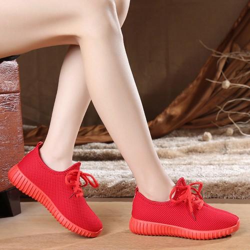 Giày thể thao nữ buộc dây 2 màu xinh xắn đen, đỏ