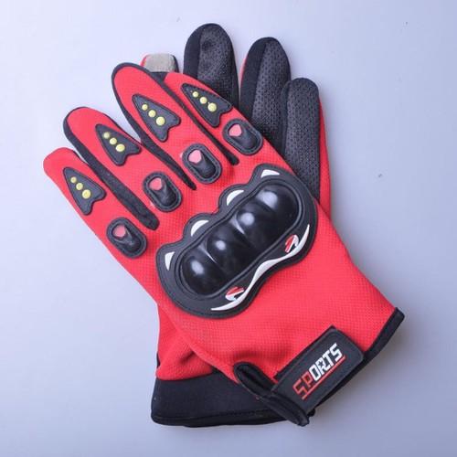 Bao tay kín ngón có Gù bảo vệ bàn tay, tích hợp nhám sần tăng độ bám tay khi lái xe máy