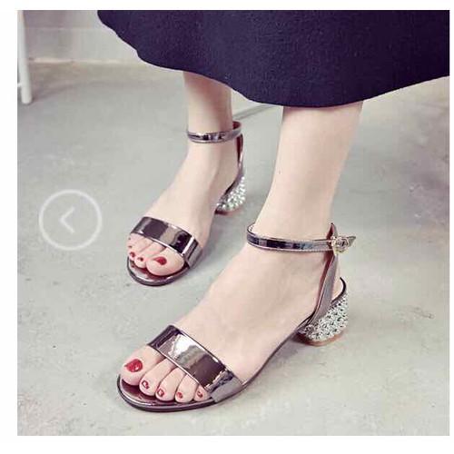 sandal  mẫu mới