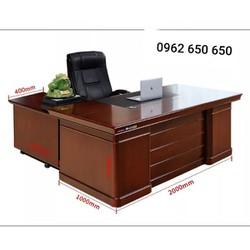 bàn giám đốc nội thất Lan Việt