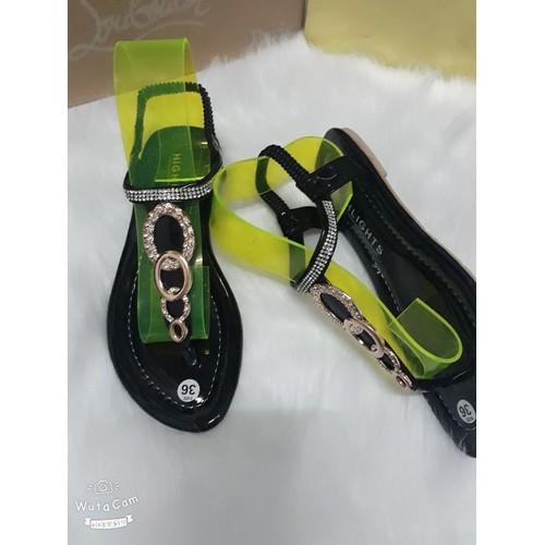 Giày sandal nữ đế bệt thời trang