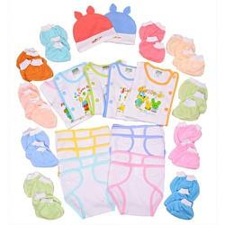 Đồ dùng sơ sinh – Combo 37 món đồ dùng sơ sinh cho bé từ 0 đến 6 tháng tuổi : 5 áo-2 nón- 10 tã dán – 10 cặp bao tay – 10 cặp bao chân