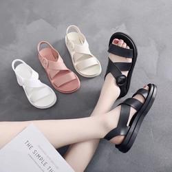 sandal nhưa dẻo đi mưa thoải mái