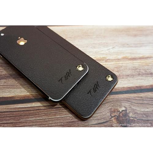 Miếng dán da skin Iphone Xsmax  - Da màu nâu dập vân - D9