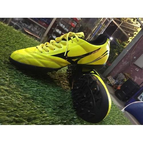 giày đá bóng hàng SPF