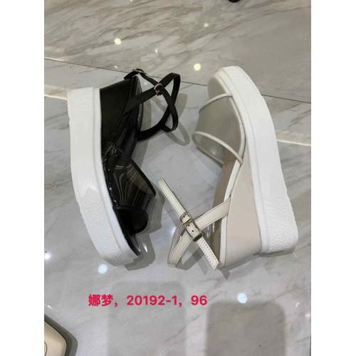 sandal nữ đế xuồng