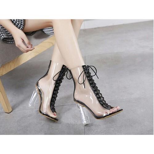 Giày boot nữ cổ lửng cao gót