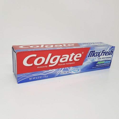 Kem đánh răng Colgate Maxfresh Whitening 170g Mỹ