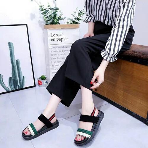 Giày sandal nữ đế bệt bản ngang - 4636697 , 17123948 , 15_17123948 , 260000 , Giay-sandal-nu-de-bet-ban-ngang-15_17123948 , sendo.vn , Giày sandal nữ đế bệt bản ngang