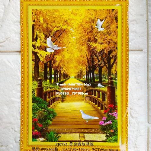 Tranh thêu chữ thập phong cảnh hàng cây vàng
