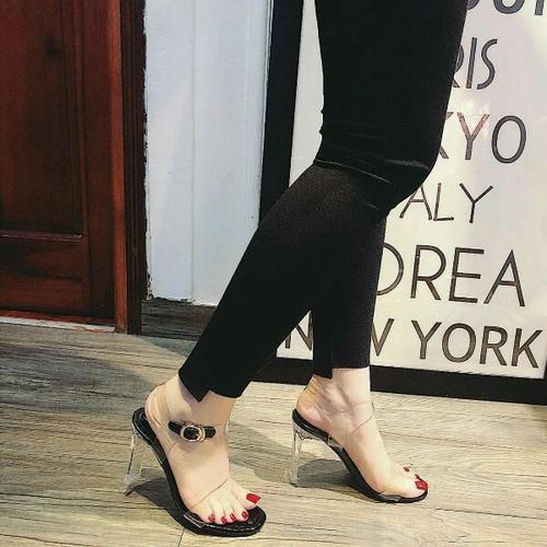 Giày sandal cao gót bản trong cao cấp - 11490434 , 17342172 , 15_17342172 , 330000 , Giay-sandal-cao-got-ban-trong-cao-cap-15_17342172 , sendo.vn , Giày sandal cao gót bản trong cao cấp