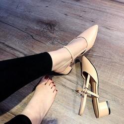 Giày sandal gót vuông MIMOMI   Giày sandal gót vuông nữ