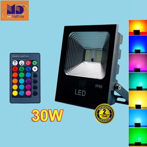 Đèn pha led 30W ánh sáng đổi màu thương hiệu MD bảo hành 24 tháng