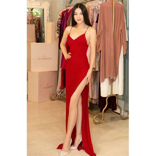 Đầm dạ hội kiểu hai dây hở ngực xẻ tà