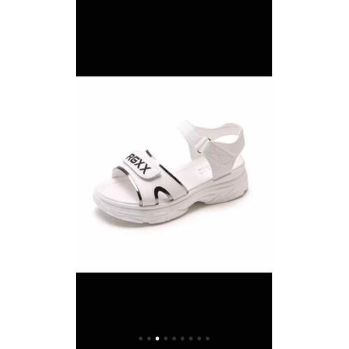 giày sandal trắng