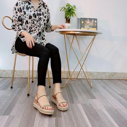 Giày sandal nữ đế xuồng tán đinh - 11520906 , 17425258 , 15_17425258 , 490000 , Giay-sandal-nu-de-xuong-tan-dinh-15_17425258 , sendo.vn , Giày sandal nữ đế xuồng tán đinh